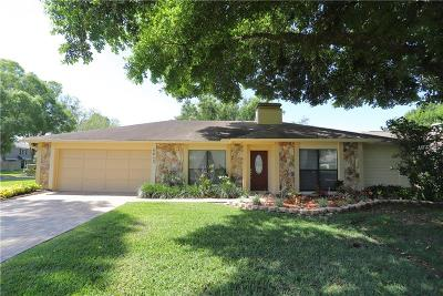 Single Family Home For Sale: 4612 Old Saybrook Avenue