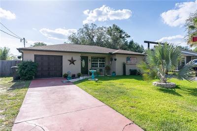 Valrico Single Family Home For Sale: 210 N Miller Road