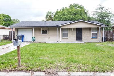 Tampa Single Family Home For Sale: 3217 Deerfield Drive