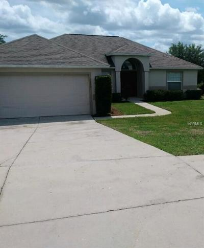 Minneola Single Family Home For Sale: 1039 Lakeview Oaks Drive