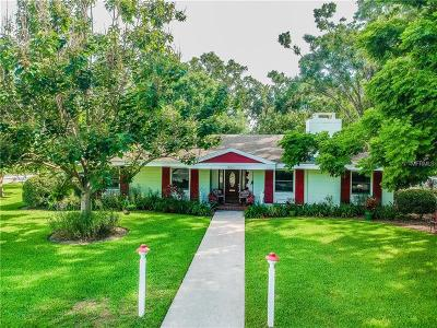 Winter Haven Single Family Home For Sale: 900 Thompson Circle NW