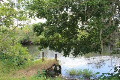 Bradenton FL Single Family Home For Sale: $254,900