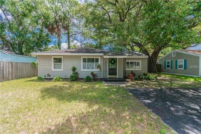 Tampa Single Family Home For Sale: 3606 E Royal Palm Circle