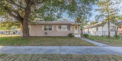 Single Family Home For Sale: 3618 Sarah Street