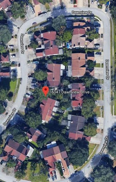 Tampa Townhouse For Sale: 16047 Dawnview Drive