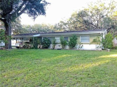 Tampa Single Family Home For Sale: 7611 Pine Hill Drive