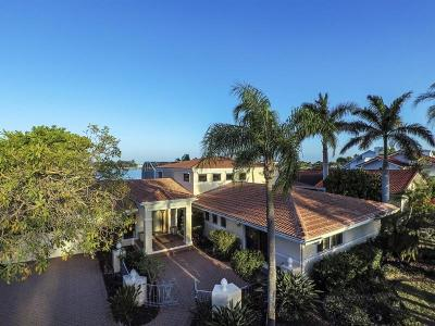 Single Family Home For Sale: 224 Bird Key Drive