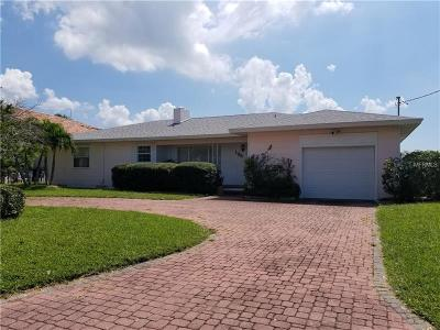 Clearwater Beach Single Family Home For Sale: 135 Devon Drive