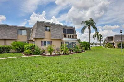 Apollo Beach FL Condo For Sale: $152,523