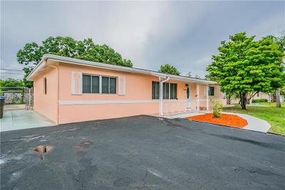 St Petersburg FL Single Family Home For Sale: $299,000