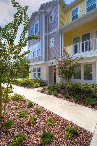 Tampa Townhouse For Sale: 9597 Cavendish Drive