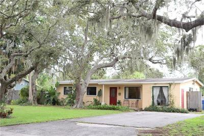 St Petersburg Single Family Home For Sale: 621 La Plaza Avenue S