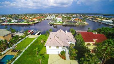 New Port Richey, New Port Richie Single Family Home For Sale: 5106 Westshore Drive