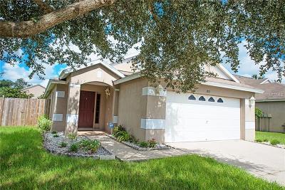 Lutz Single Family Home For Sale: 1321 Avonwood Court