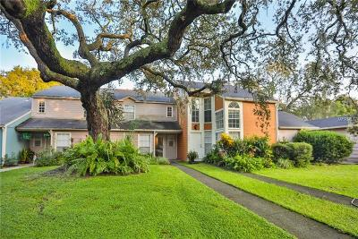 Tampa Townhouse For Sale: 9433 Forest Hills Circle