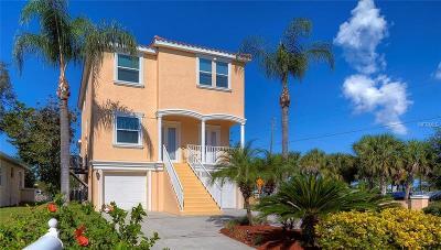 Tarpon Springs Single Family Home For Sale: 2 Venetian Court