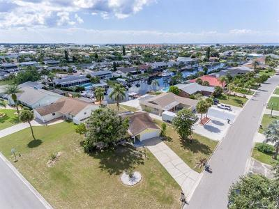 Single Family Home For Sale: 1002 Silver Palm Way