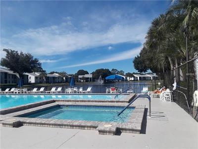 Tarpon Springs Condo For Sale: 1261 Pine Ridge Circle W #H2