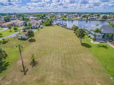 Hernando County, Hillsborough County, Pasco County, Pinellas County Residential Lots & Land For Sale: 808 Apollo Beach Boulevard