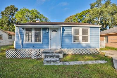 Tampa FL Single Family Home For Sale: $140,000
