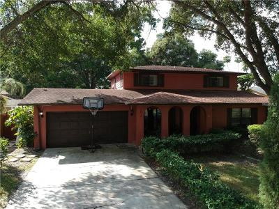 Tampa Single Family Home For Sale: 7918 Singing Court Place