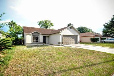 Brandon FL Single Family Home For Sale: $179,900