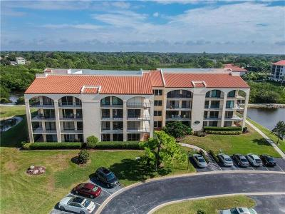 Tarpon Springs Condo For Sale: 206 Mariner Drive #206