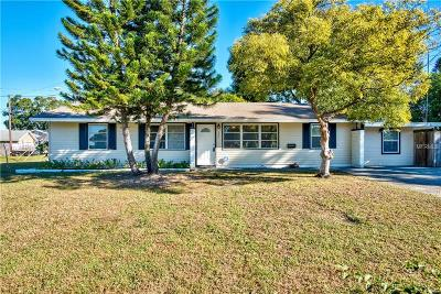St Petersburg Single Family Home For Sale: 447 Davison Avenue NE