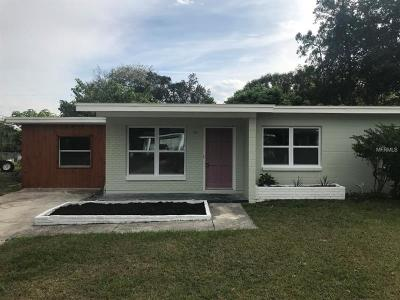 Tampa FL Single Family Home For Sale: $199,000