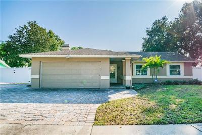 Palm Harbor Single Family Home For Sale: 2410 Falcon Lane