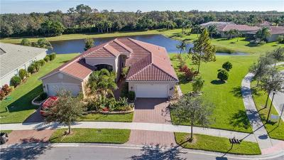 Wimauma Villa For Sale: 15746 Aurora Lake Circle