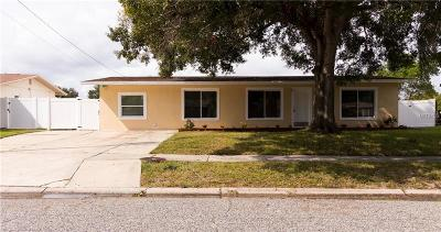 Tampa Single Family Home For Sale: 5814 Oxford Drive