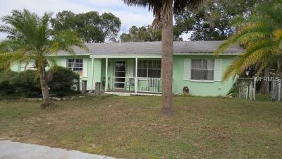 Aripeka, Booksville, Brooksville, Dade City, Hernando, Hernando Beach, Masaryktown, Nobleton, Ridge Manor, Spring Hill, Webster, Weeki Wachee Single Family Home For Sale: 5211 Chamberlain Street