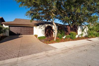 Single Family Home For Sale: 13510 Avista Drive