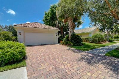 Sarasota Single Family Home For Sale: 5877 Ferrara Drive