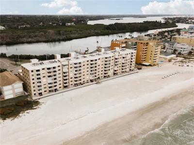 Indian Shores Condo For Sale: 18650 Gulf Boulevard #413