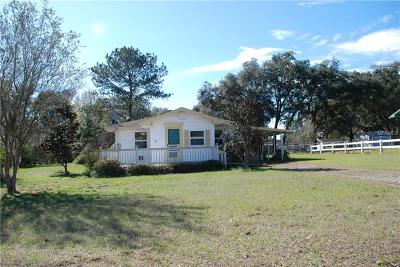 Zephyrhills FL Single Family Home For Sale: $115,000