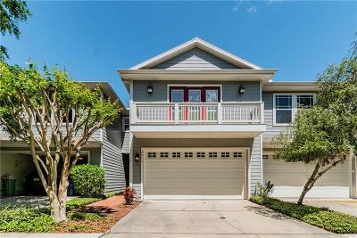 Tampa Townhouse For Sale: 2825 Bayshore Trails Drive