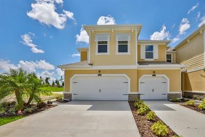 Bradenton Townhouse For Sale: 11630 Rolling Green Drive #520/73