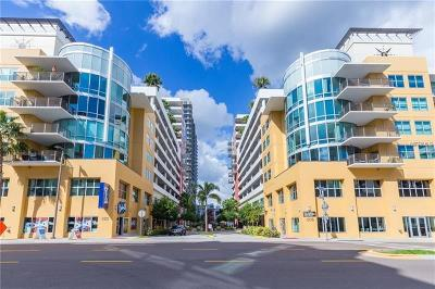 Tampa Condo For Sale: 1120 E Kennedy Boulevard #728