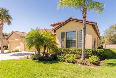 Apollo Beach Villa For Sale: 5479 Sunset Falls Drive