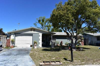 Holiday Single Family Home For Sale: 3327 Hoover Drive