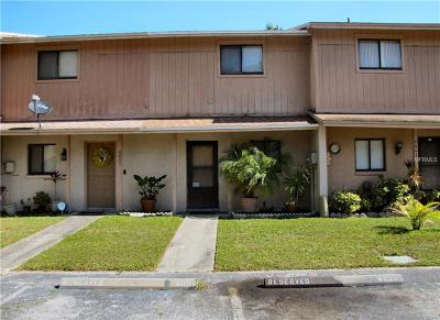 Tampa FL Townhouse For Sale: $110,000