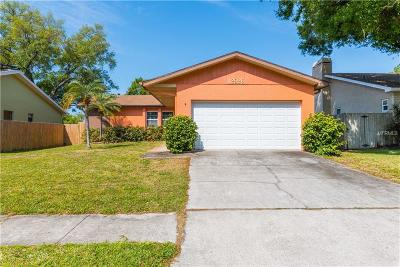 Largo Single Family Home For Sale: 12926 Pineway Drive