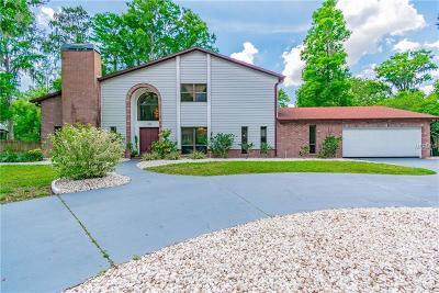 Temple Terrace Single Family Home For Sale: 223 S Riverhills Drive