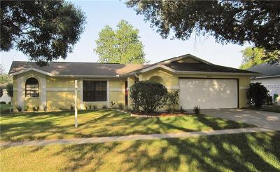 Zephyrhills Single Family Home For Sale: 6346 Silver Oaks Drive