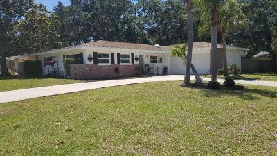 Pinellas County Single Family Home For Sale: 1407 Fairway Drive