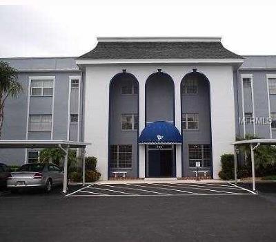 Belleair, Belleair Bluffs Condo For Sale: 701 Poinsettia Road #132