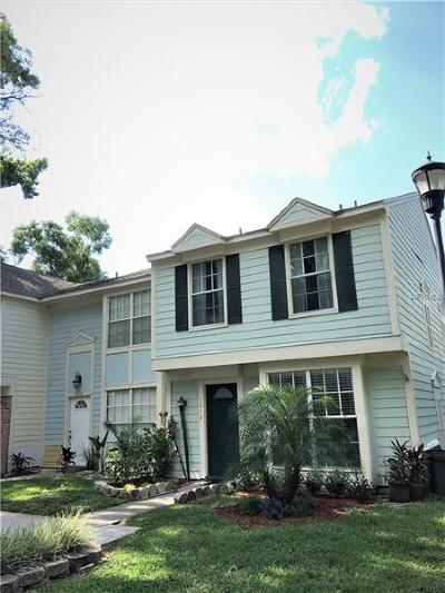 Tampa Townhouse For Sale: 1712 Mill Run Circle