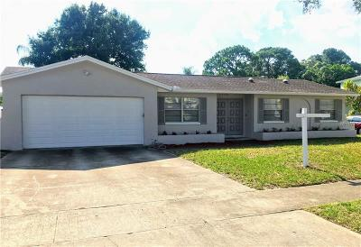 Tampa Single Family Home For Sale: 7520 Meadow Drive